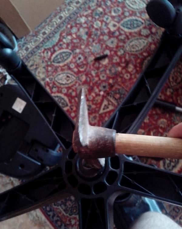 Отремонтировать офисное кресло своими руками 27