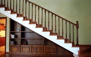 Как сделать шкаф под лестницей своими руками?