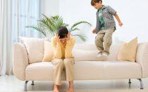 Что делать, если скрипит диван