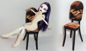 Простые идеи как сделать стул для кукол своими руками