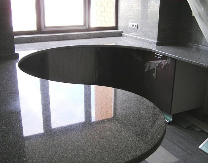 Форма стола из столешницы для кухни