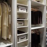 Шкаф-купе из гипсокартона 29 фото как сделать встроенный шкаф под потолок в прихожую